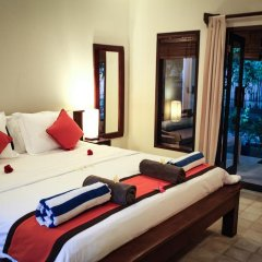 Отель Bale Sampan Bungalows комната для гостей фото 4