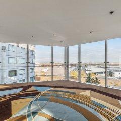Отель Hilton Paris Charles De Gaulle Airport бассейн фото 5