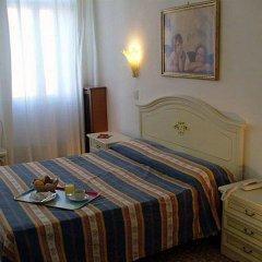 Hotel Airone комната для гостей
