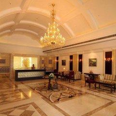 Отель Country Inn & Suites By Carlson, Satbari, New Delhi Индия, Нью-Дели - отзывы, цены и фото номеров - забронировать отель Country Inn & Suites By Carlson, Satbari, New Delhi онлайн интерьер отеля