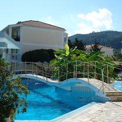 Отель Porto Iliessa ApartHotel бассейн