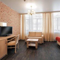 Гостиница ГЕЛИОПАРК Лесной 3* Улучшенный номер с двуспальной кроватью фото 5