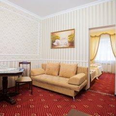 Гостиница Леонардо Стандартный семейный номер с разными типами кроватей фото 6