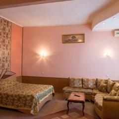 Гостиница Бристоль-Центральная Улучшенный номер с различными типами кроватей