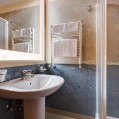 Hotel Amalfi 3* Номер категории Эконом с различными типами кроватей фото 11