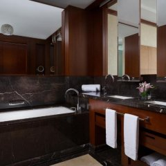 Отель The Ritz-Carlton, Almaty Номер Делюкс фото 3