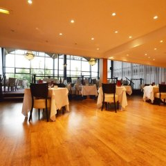 The Waterside Hotel and Galleon Leisure Club фитнесс-зал
