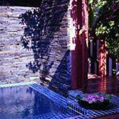 Отель Baan Thai Wellness Retreat Bangkok Бангкок бассейн фото 2