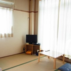 Отель Business Ryokan Tatsumi Минамиавадзи комната для гостей фото 6