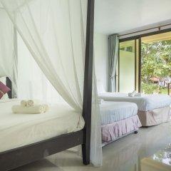 Отель Baan Mai Beachfront Phuket (Lone Island) Таиланд, Пхукет - отзывы, цены и фото номеров - забронировать отель Baan Mai Beachfront Phuket (Lone Island) онлайн комната для гостей фото 3