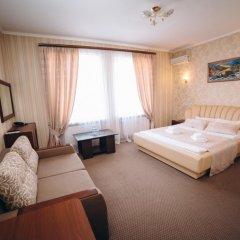 Гостиничный Комплекс Глобус Тернополь сейф в номере