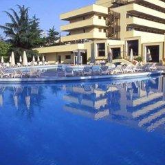 Отель Magnolia Wellness & Thermae Hotel Италия, Абано-Терме - отзывы, цены и фото номеров - забронировать отель Magnolia Wellness & Thermae Hotel онлайн бассейн фото 2