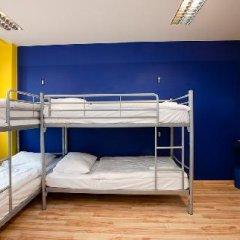 Отель Generator Berlin Prenzlauer Berg Кровать в общем номере с двухъярусной кроватью фото 10