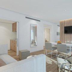 Отель Aparthotel Ponent Mar Апартаменты Премиум с двуспальной кроватью