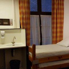 Hotel The Crown Стандартный семейный номер с двуспальной кроватью фото 7