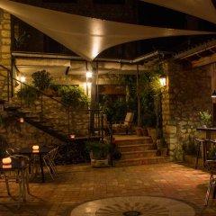 Отель La Font D'Alcala гостиничный бар