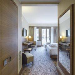 Отель Hilton Milan 4* Номер Делюкс с различными типами кроватей фото 8