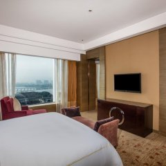 Отель Crowne Plaza Nanjing Jiangning 4* Улучшенный номер с различными типами кроватей фото 4