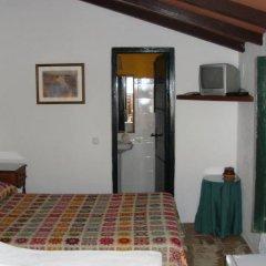 Отель Alojamiento Cortijo el Caserio Испания, Кониль-де-ла-Фронтера - отзывы, цены и фото номеров - забронировать отель Alojamiento Cortijo el Caserio онлайн комната для гостей фото 4