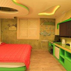 Haeundae Grimm Hotel 2* Номер Делюкс с различными типами кроватей фото 10