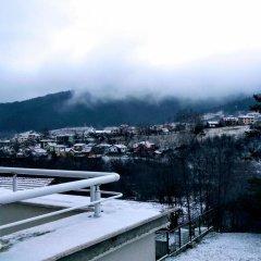 Отель Mountain View Guest House Болгария, Боровец - отзывы, цены и фото номеров - забронировать отель Mountain View Guest House онлайн приотельная территория фото 2