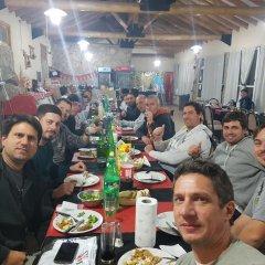 Отель Tierras Blancas Nihuil Эль Ниуиль питание