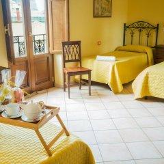 Hotel Columbia 2* Стандартный номер с различными типами кроватей фото 2