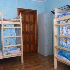 Hostel Favorit Кровать в общем номере с двухъярусной кроватью фото 9