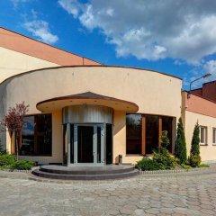 Отель Pod Grotem Польша, Варшава - отзывы, цены и фото номеров - забронировать отель Pod Grotem онлайн парковка