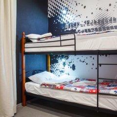 Hostel Racing Paradise Кровать в общем номере с двухъярусной кроватью фото 11
