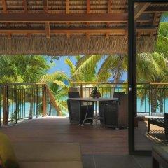 Отель Beachcomber Trou aux Biches Resort & Spa 5* Люкс с различными типами кроватей фото 3