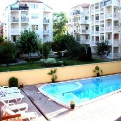 Отель Studio Chaika Болгария, Солнечный берег - отзывы, цены и фото номеров - забронировать отель Studio Chaika онлайн бассейн фото 2