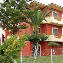 Апартаменты Lofos Apartments спортивное сооружение