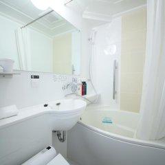 APA Hotel Hatchobori-eki Minami 3* Стандартный номер с различными типами кроватей фото 6