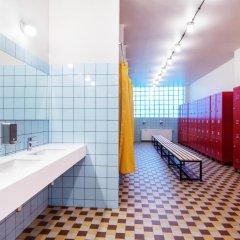 Fabrika Hostel & Suites - Hostel Кровать в общем номере с двухъярусной кроватью фото 3
