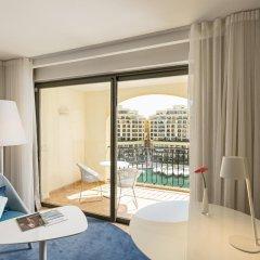 Отель Hilton Malta 5* Номер Делюкс с различными типами кроватей фото 4