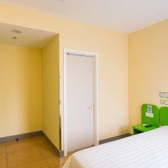 Отель Hi Inn Bengbu Railway Station сейф в номере