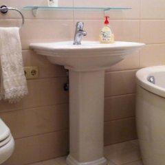 Апартаменты Greek Square Apartment - Odessa ванная фото 2
