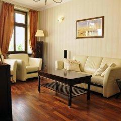 Отель SleepWalker Boutique Suites 3* Номер Делюкс с двуспальной кроватью фото 15