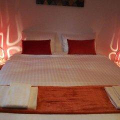 Отель Bed & Breakfast Iles Sont D'ailleurs комната для гостей фото 5