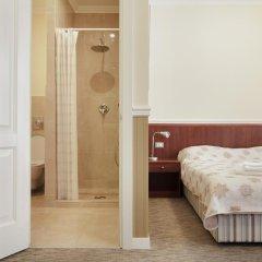 Мини-Отель Consul Стандартный номер с двуспальной кроватью фото 7