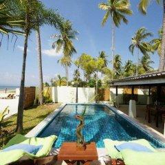 Отель The Sea House Beach Resort бассейн фото 2