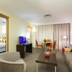 Отель Novotel London West 4* Улучшенный номер с различными типами кроватей фото 5