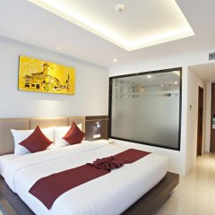 Отель Paripas Patong Resort 4* Стандартный семейный номер с разными типами кроватей фото 7