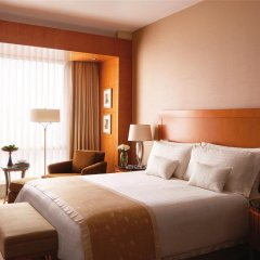 Four Seasons Hotel Mumbai 5* Номер Делюкс с различными типами кроватей фото 7