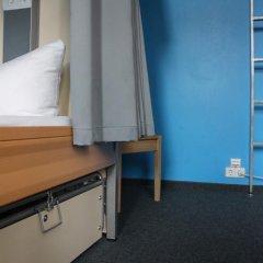 Отель St Christophers Inn Berlin Кровать в общем номере с двухъярусной кроватью фото 35