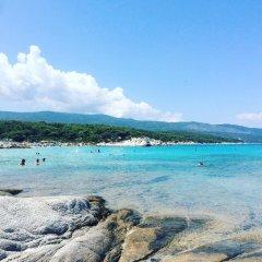 Alexandros Hotel Apartments пляж
