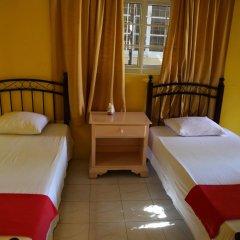 Reggae Hostel Ocho Rios Номер категории Эконом с различными типами кроватей фото 4