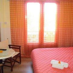 Отель Aliki Beach Hotel Греция, Галатас - отзывы, цены и фото номеров - забронировать отель Aliki Beach Hotel онлайн комната для гостей фото 5