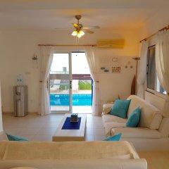 Отель Villa Charlotte Кипр, Протарас - отзывы, цены и фото номеров - забронировать отель Villa Charlotte онлайн комната для гостей фото 2